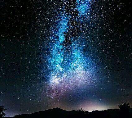 viaggiatori che vengono dalle stelle